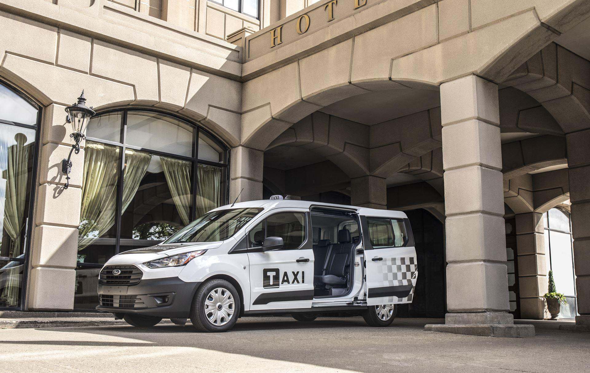 Ford Transit Connect Taxi photo
