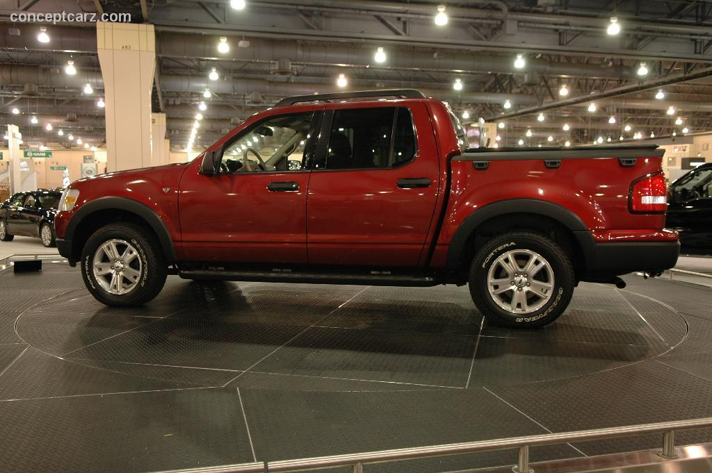 2006 Ford Explorer Sport Trac Image. Photo 5 of 8