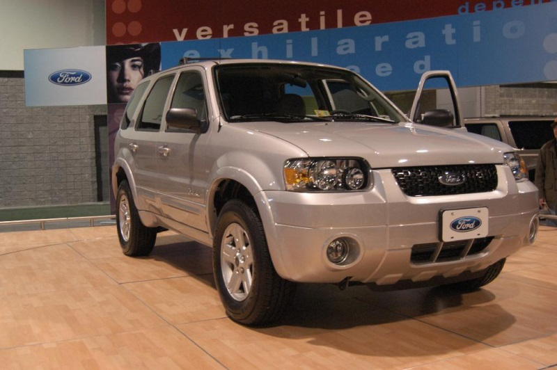 2005 Ford Escape History Pictures Value Auction Sales Research