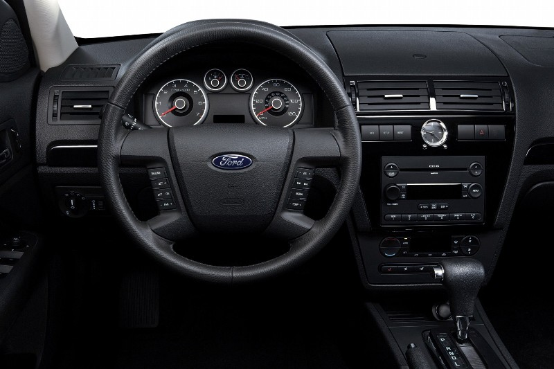 2007 Ford Fusion Image. Photo 4 of 9