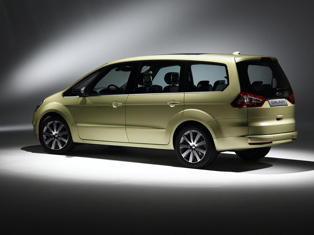 2005 Ford Galaxy Image. Photo 3 of 7