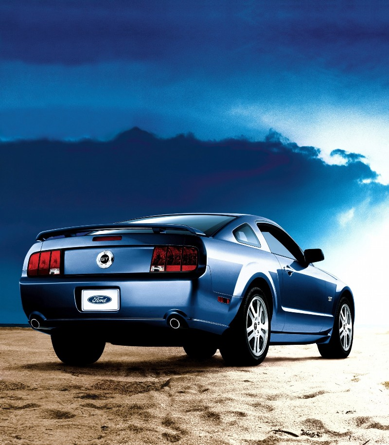 2007 ford mustang history pictures value auction sales. Black Bedroom Furniture Sets. Home Design Ideas