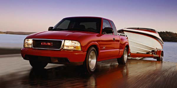 gmc canyon 2018 with Photo on 2018 Toyota Ta a Specs Options Leaked likewise 2018 Buick Regal Tourx Pictures also 2017 Chevrolet Beat Pictures together with 2017 Gmc Sierra Most Luxurious Pickup Truck In The World moreover Vw Considering Pickup Truck For U S Canada.
