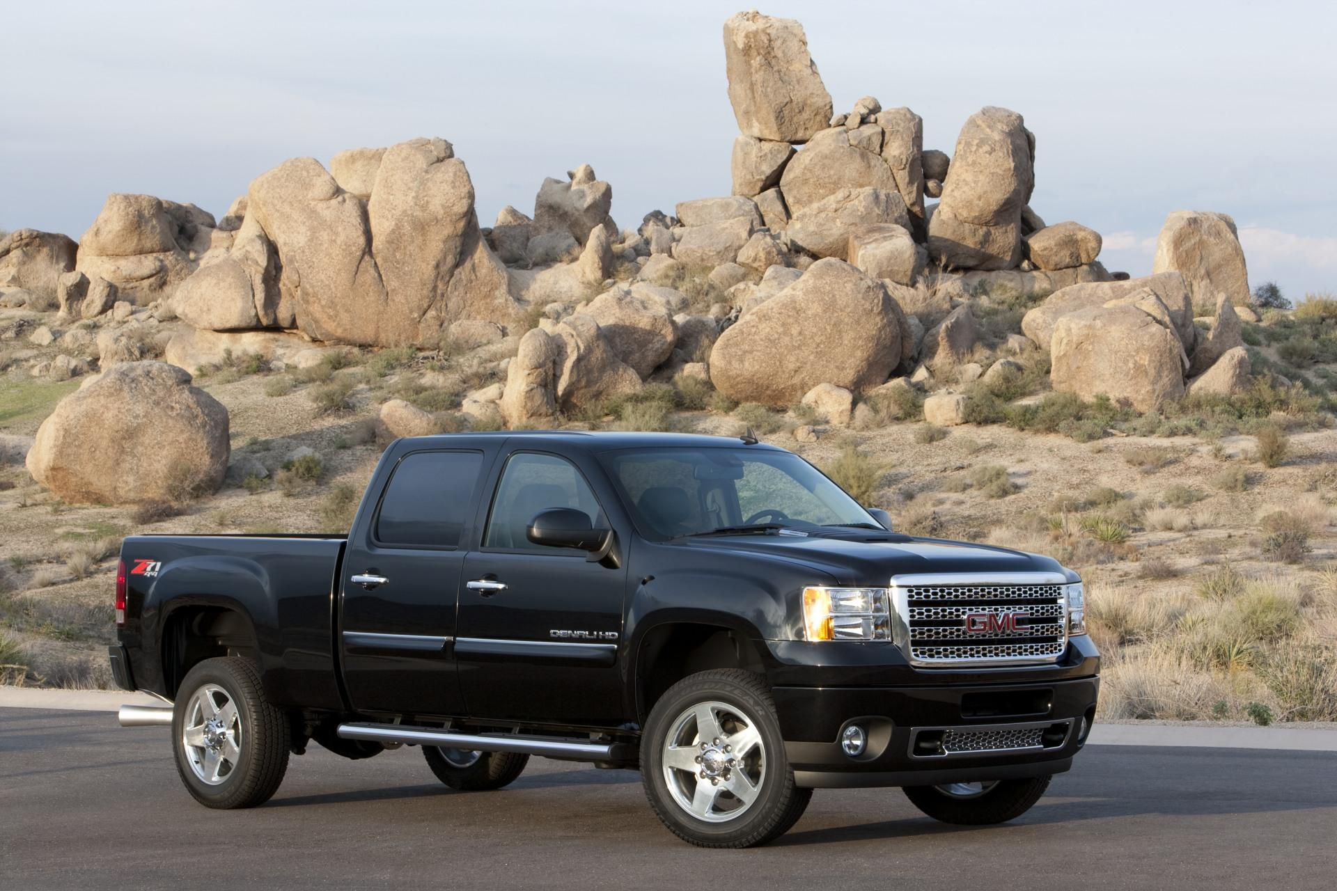 2011 GMC Sierra Denali HD News and Information ...