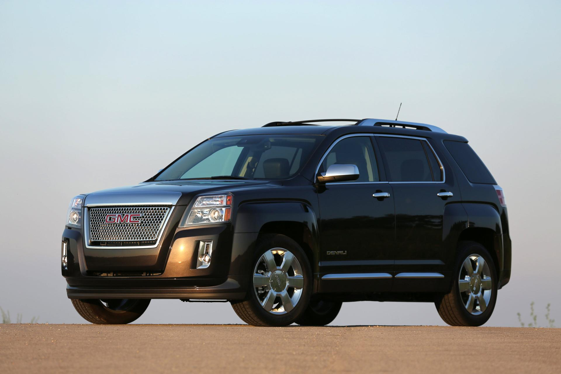 front sport drive in used sle inventory utility rock owned terrain gmc little wheel pre north