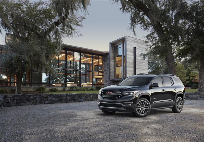 GMC Acadia pictures and wallpaper
