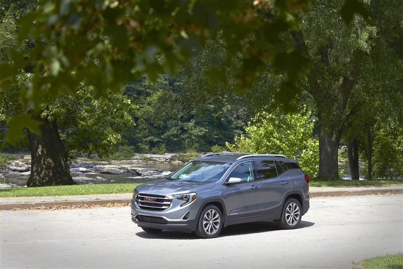 GMC Terrain pictures and wallpaper