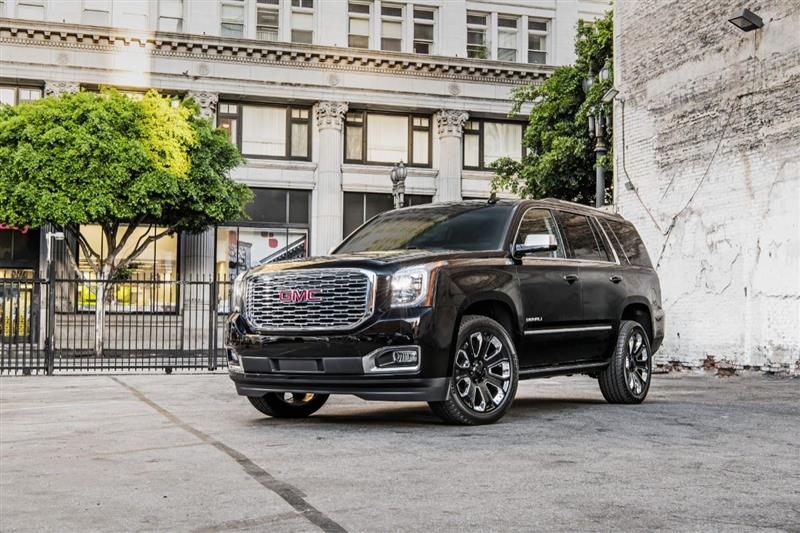 GMC Yukon Denali Ultimate Black Edition pictures and wallpaper