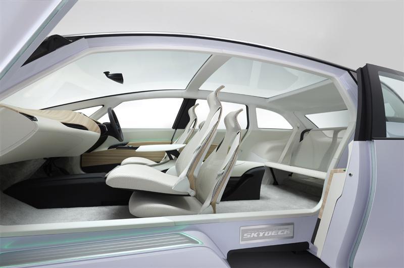 2010 Honda Skydeck Concept thumbnail image