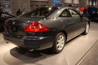 2004 Honda Accord image.