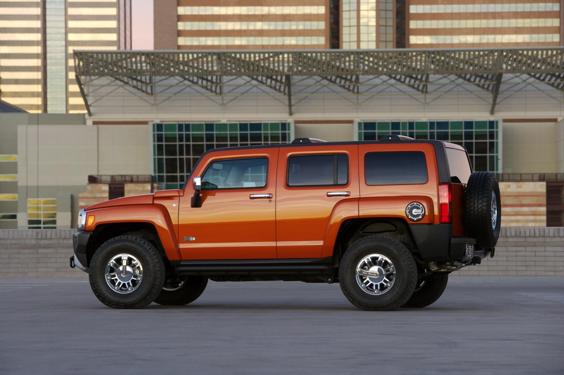 Which Is The Costliest Car In The World >> 2010 Hummer H3 News and Information | conceptcarz.com
