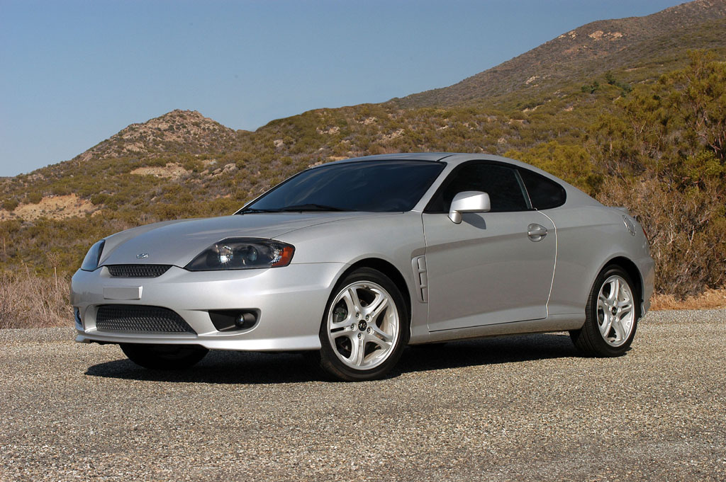 2005 hyundai tiburon pictures history value research news. Black Bedroom Furniture Sets. Home Design Ideas
