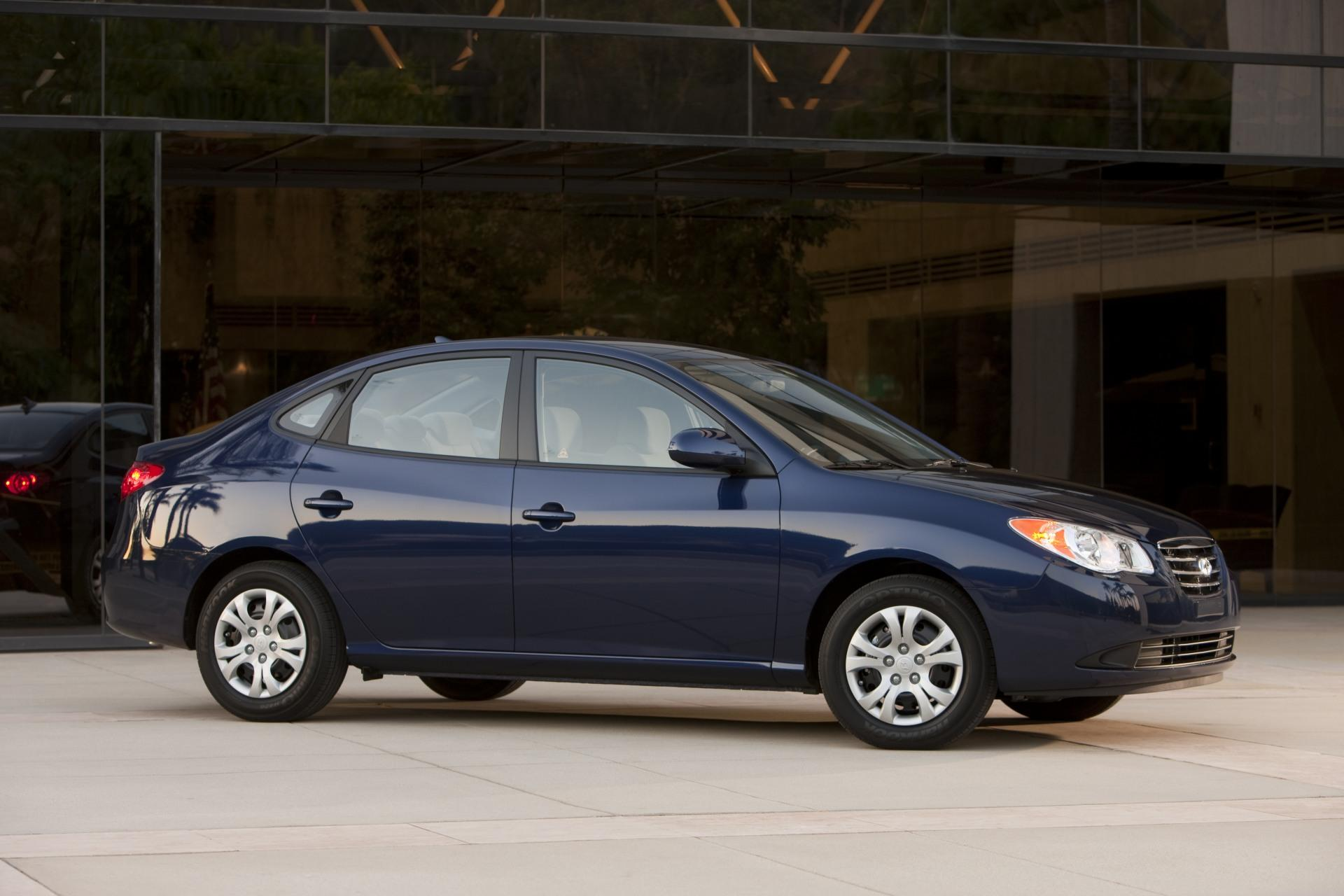 2010 hyundai elantra blue news and information