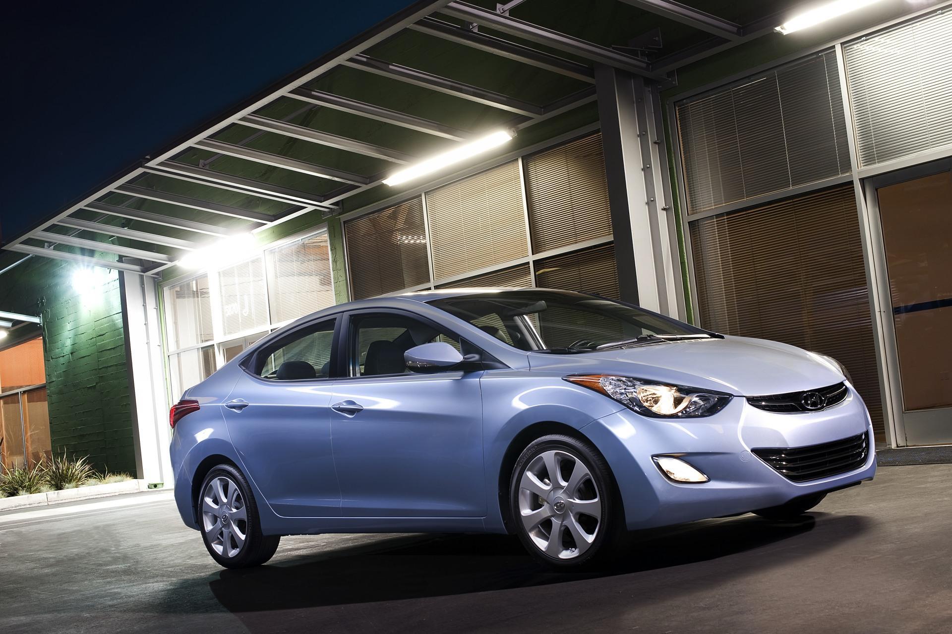 Hyundai Elantra: Emission control system