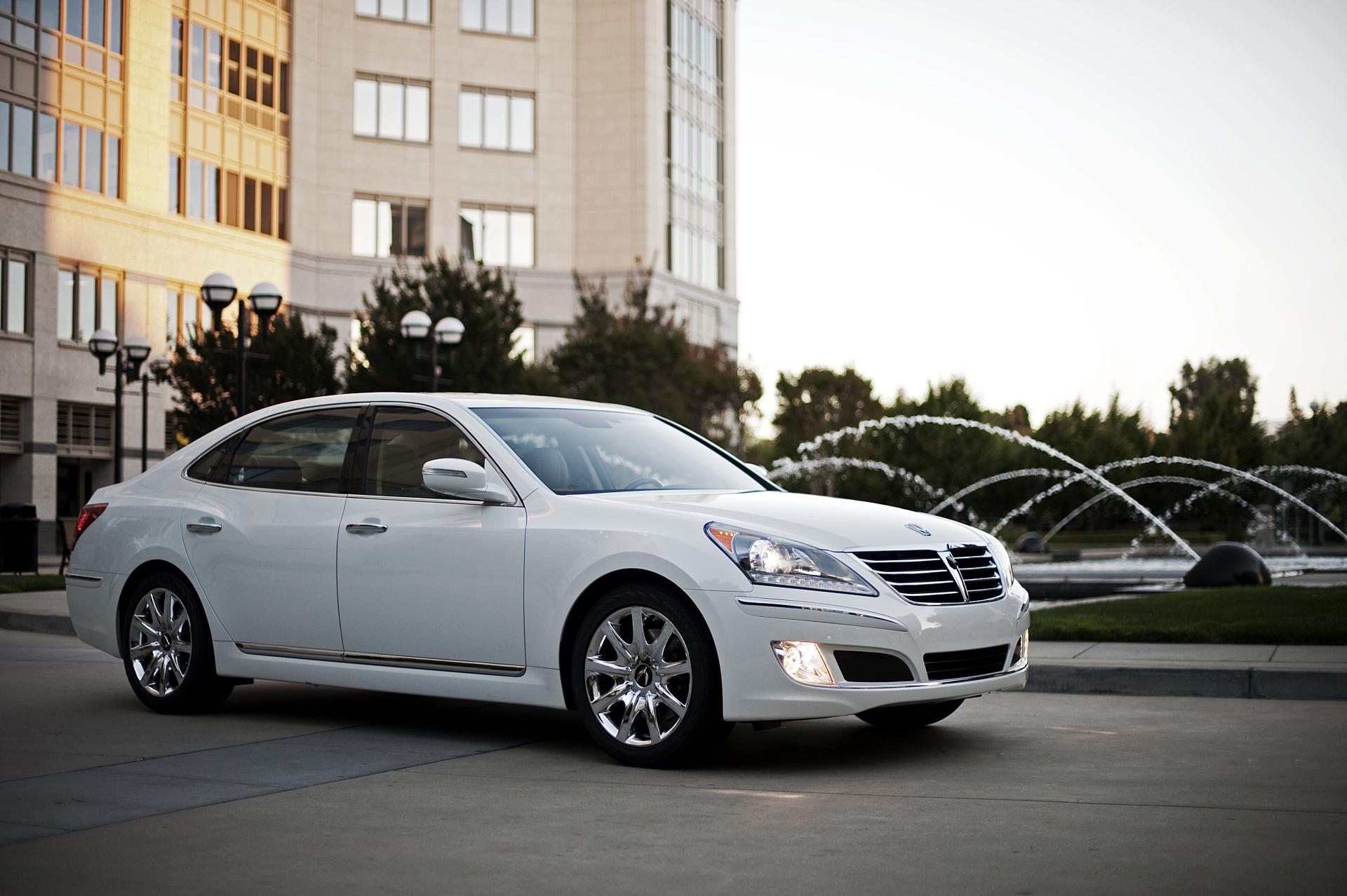 Hyundai Equus 2013 Interior