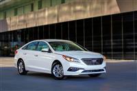 2016 Hyundai Sonata image.