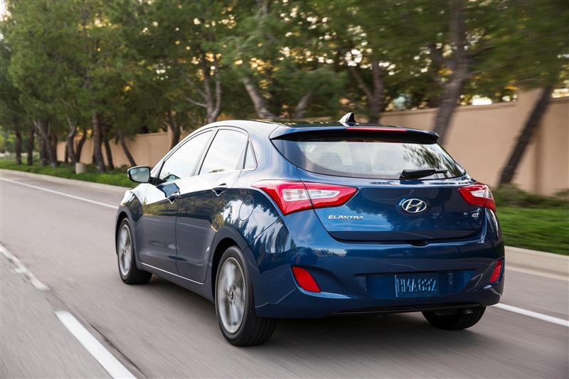 2016 Hyundai Elantra GT Image. Photo 35 of 49