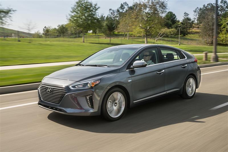 2018 Hyundai Ioniq Hybrid Images Conceptcarz Com