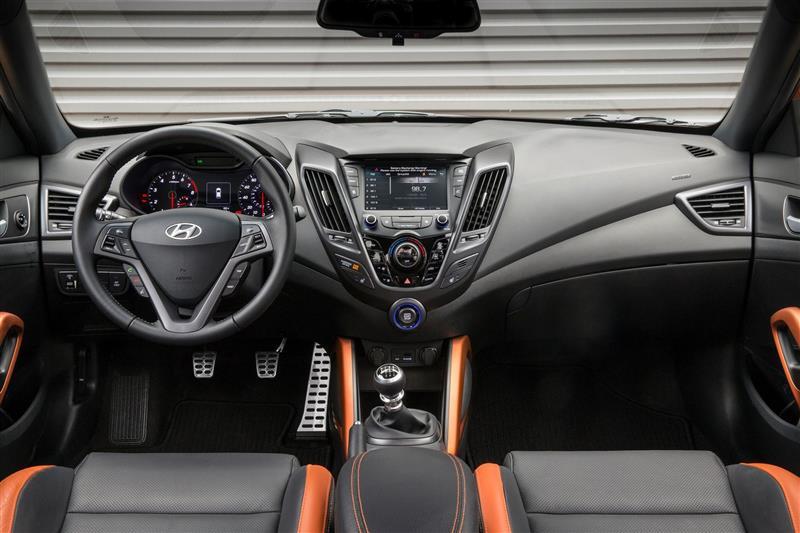 2018 Hyundai Veloster Image Photo 2 Of 55