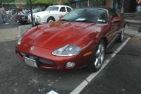 2004 Jaguar XKR image.