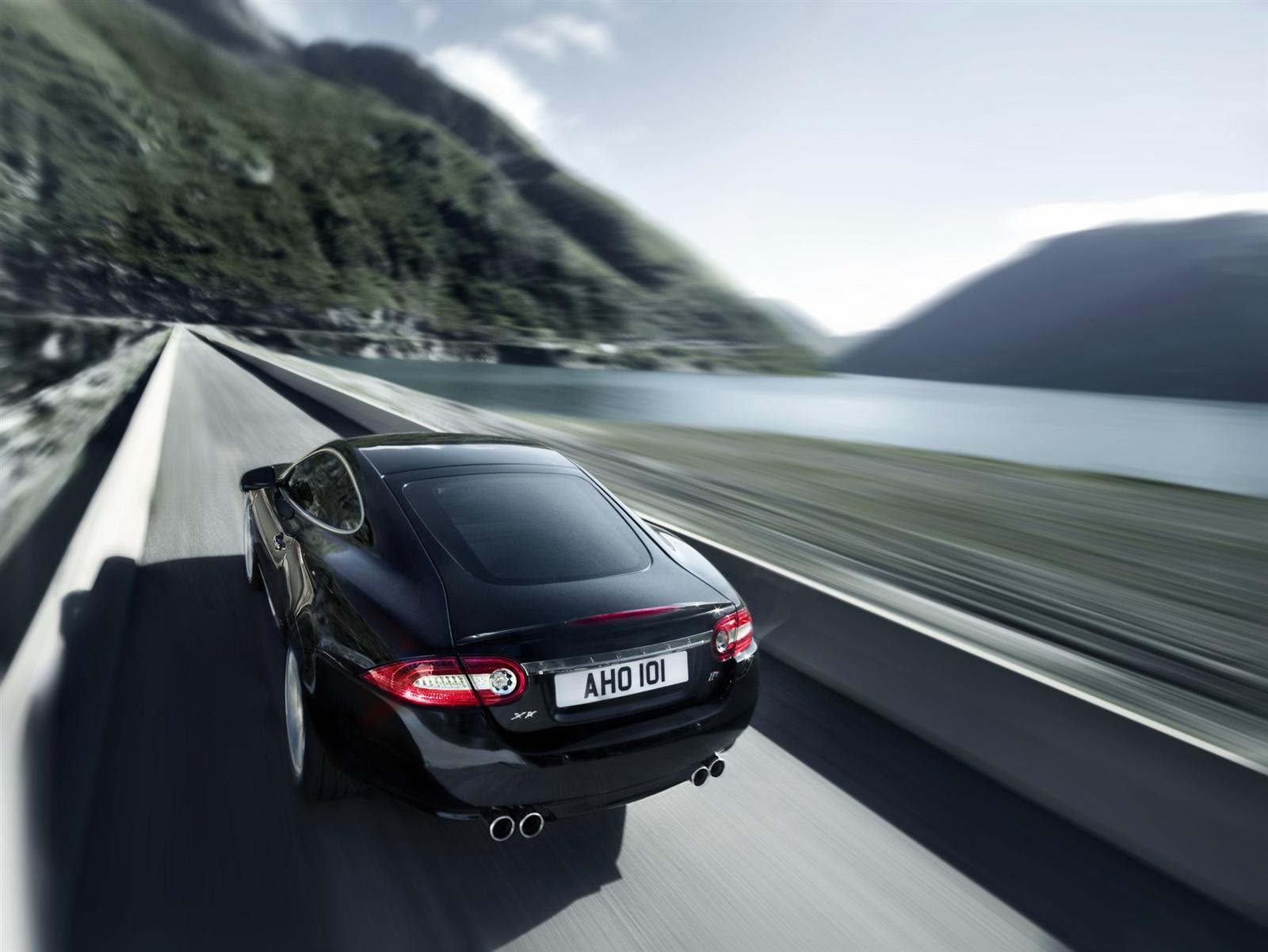2011 Jaguar XKR