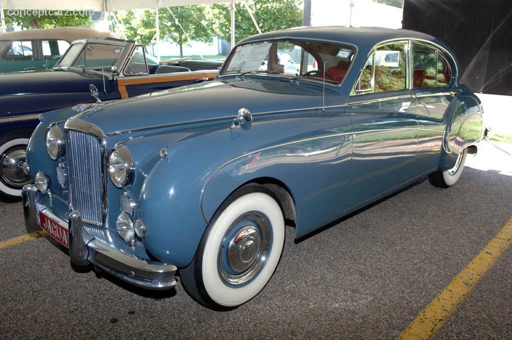 1961 Jaguar Mark IX Image. Chassis number 792405BW. Photo ...