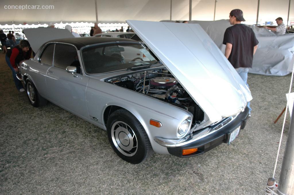 1975 Jaguar XJ6 Image. Photo 13 of 13