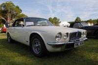 1976 Jaguar XJ12 image.