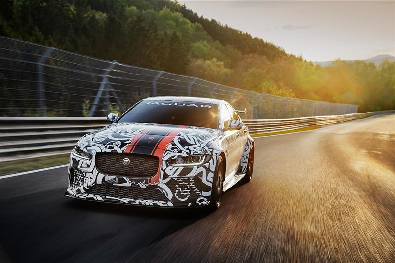 2017 Jaguar XE SV Project 8