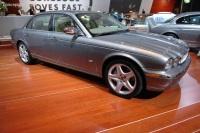 2006 Jaguar XJ image.