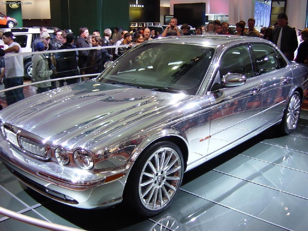 2003 Jaguar XJ8 Image. https://www.conceptcarz.com/images ...