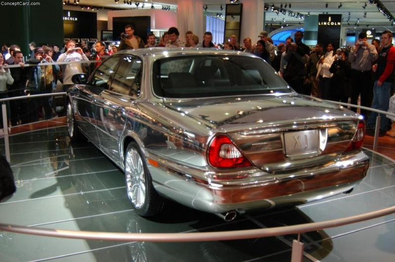 Wonderful 2003 Jaguar XJ8
