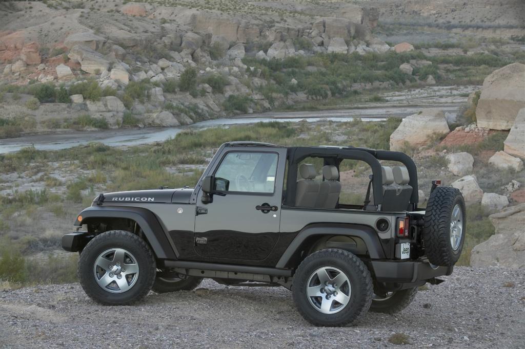 2010 jeep wrangler news and information. Black Bedroom Furniture Sets. Home Design Ideas
