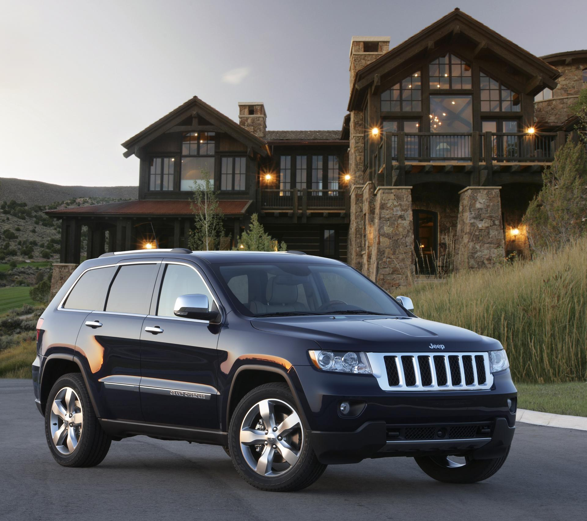 2012 jeep grand cherokee news and information. Black Bedroom Furniture Sets. Home Design Ideas