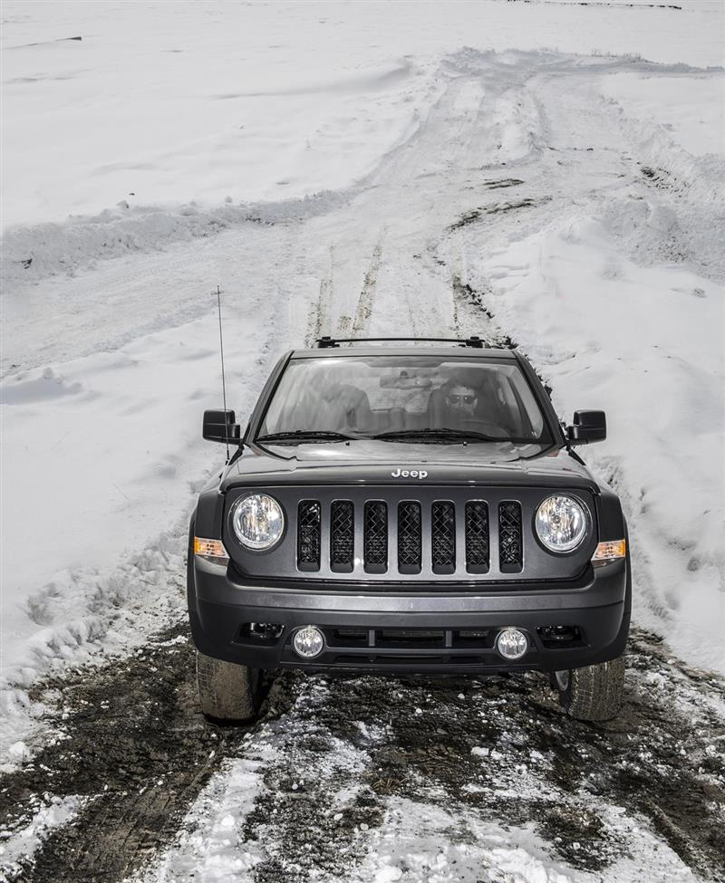 2017 Jeep Patriot Images