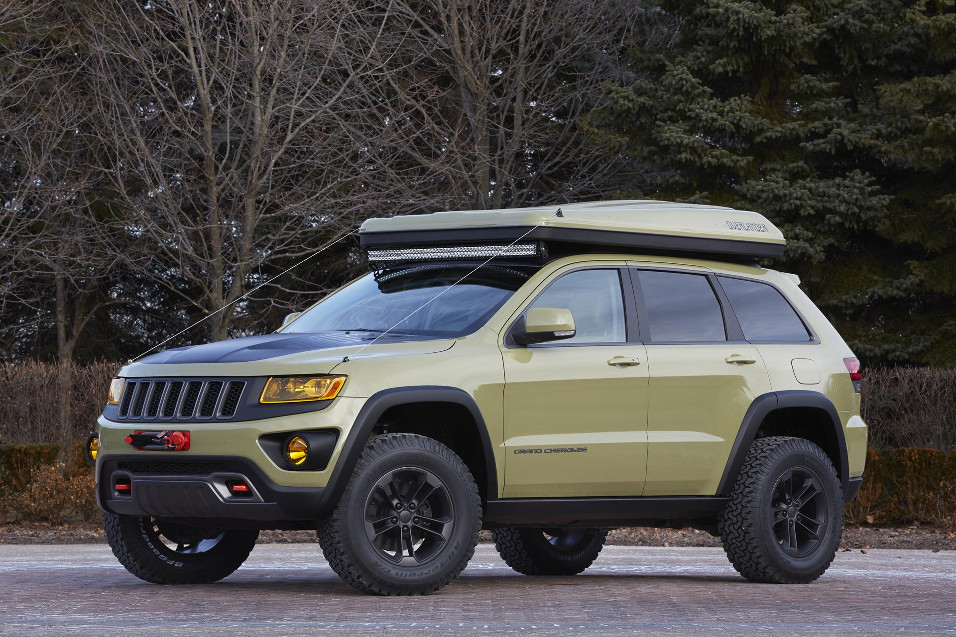 2015 jeep grand cherokee overlander news and information. Black Bedroom Furniture Sets. Home Design Ideas