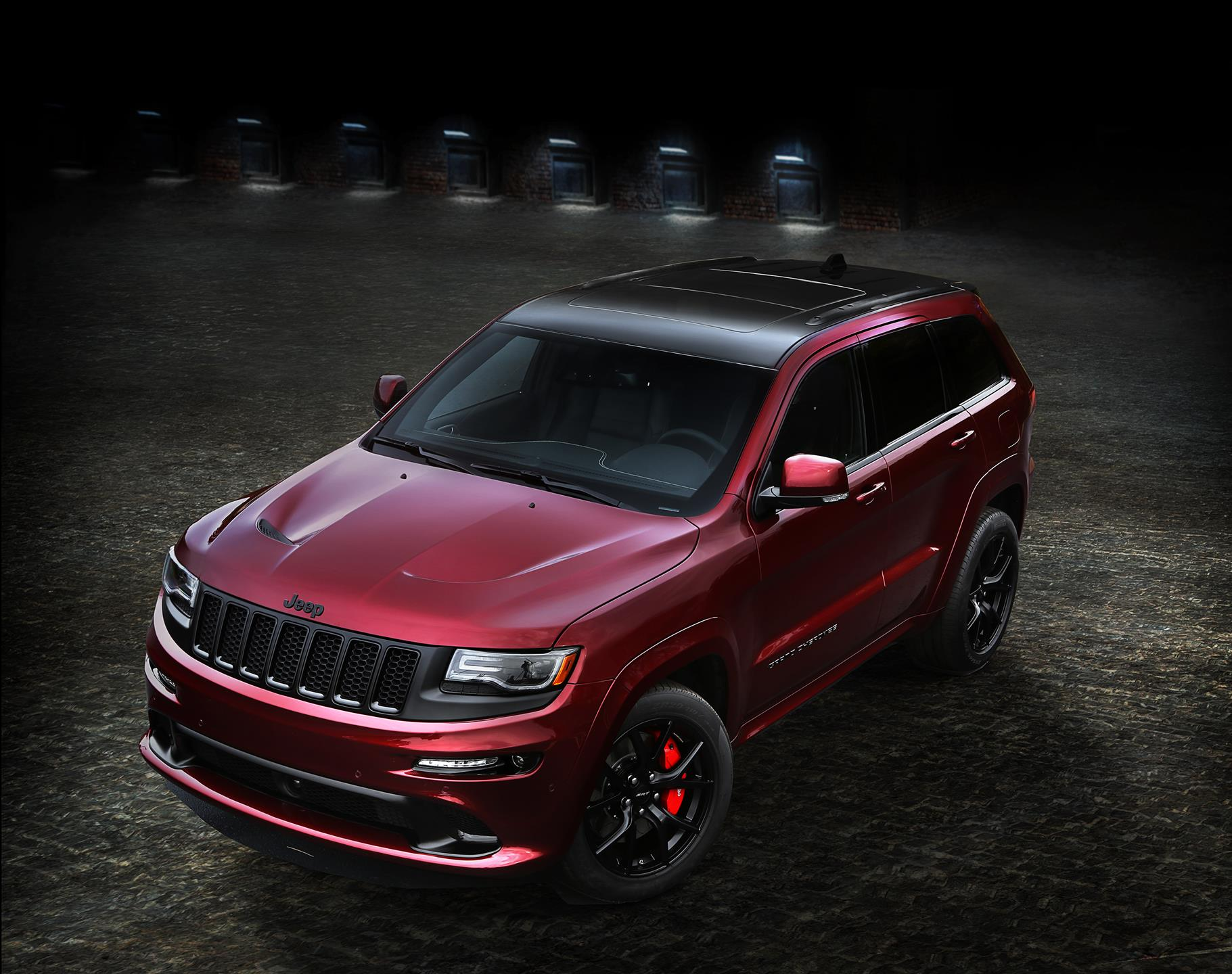 Grand Cherokee 2005 Limited >> 2015 Jeep Grand Cherokee SRT Night News and Information - conceptcarz.com