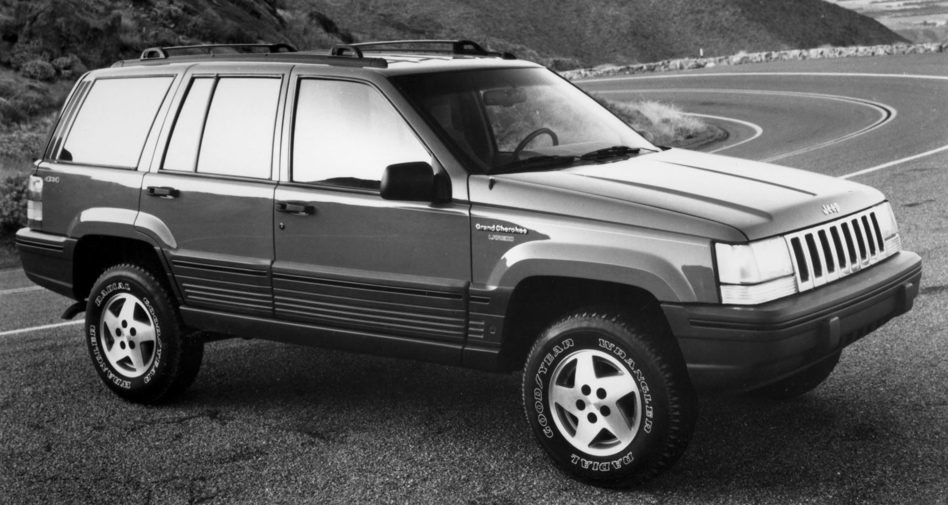 Cherokee Auto Auction >> 1997 Jeep Cherokee History, Pictures, Sales Value, Research and News