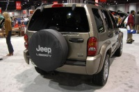 2004 Jeep Liberty image.