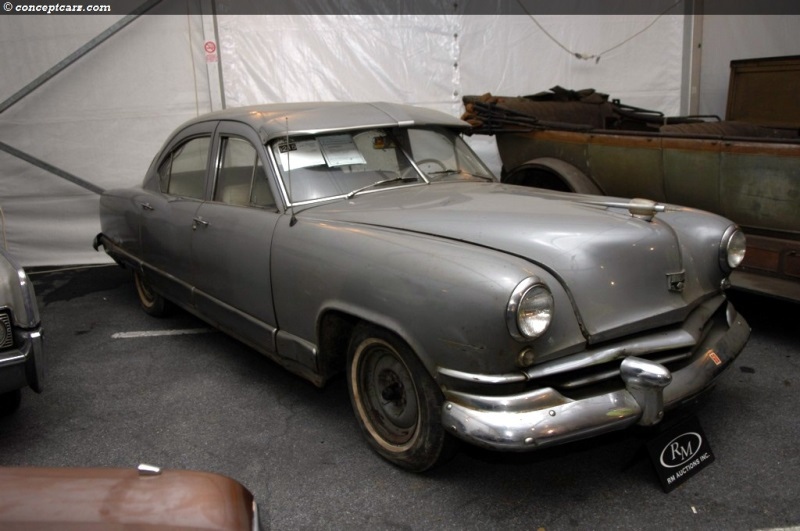 1951 Kaiser Deluxe Series K512