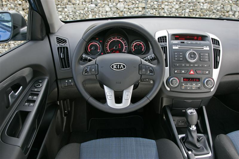 2010 Kia Ceed Image Photo 3 Of 19