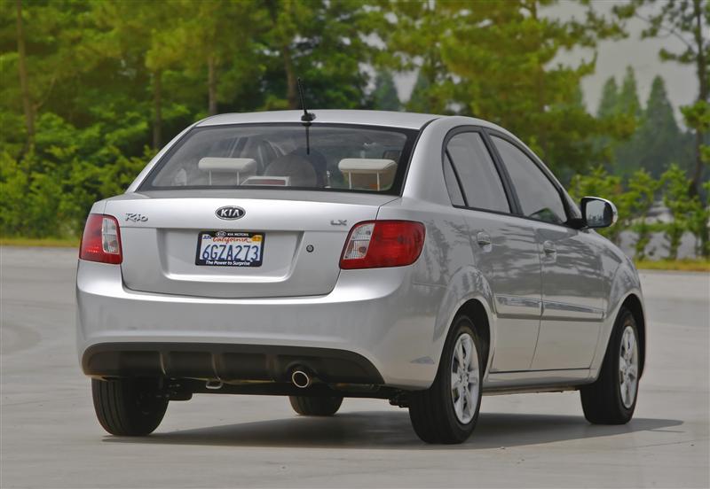 2008 Kia MPLA Rio5 Concept thumbnail image