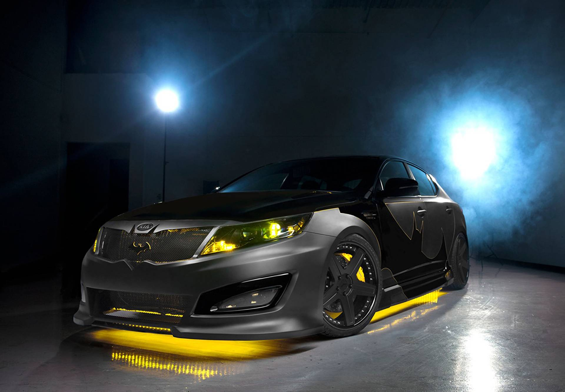 2013 Kia Batman Inspired Optima Concept News And Information Research And History