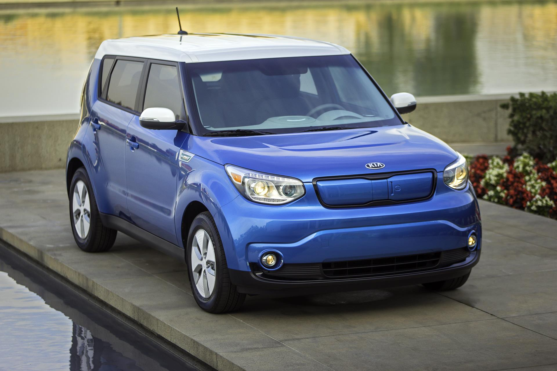 2016 kia soul ev technical specifications and data engine dimensions and mechanical details. Black Bedroom Furniture Sets. Home Design Ideas