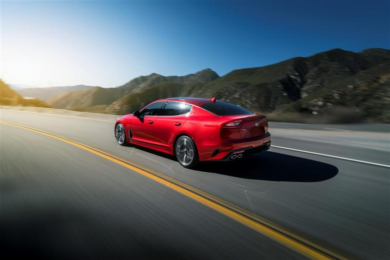 Kia Stinger pictures and wallpaper