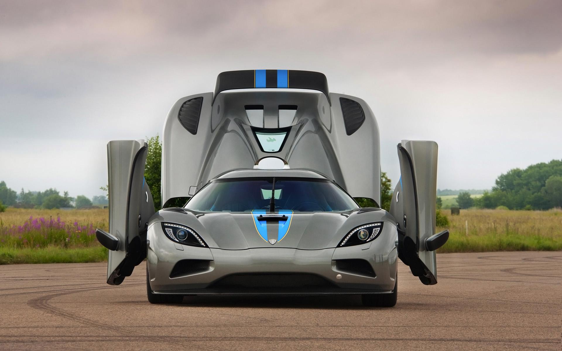 2013 Koenigsegg Agera News And Information Conceptcarz Com
