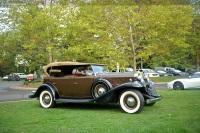 1932 LaSalle 345B image.