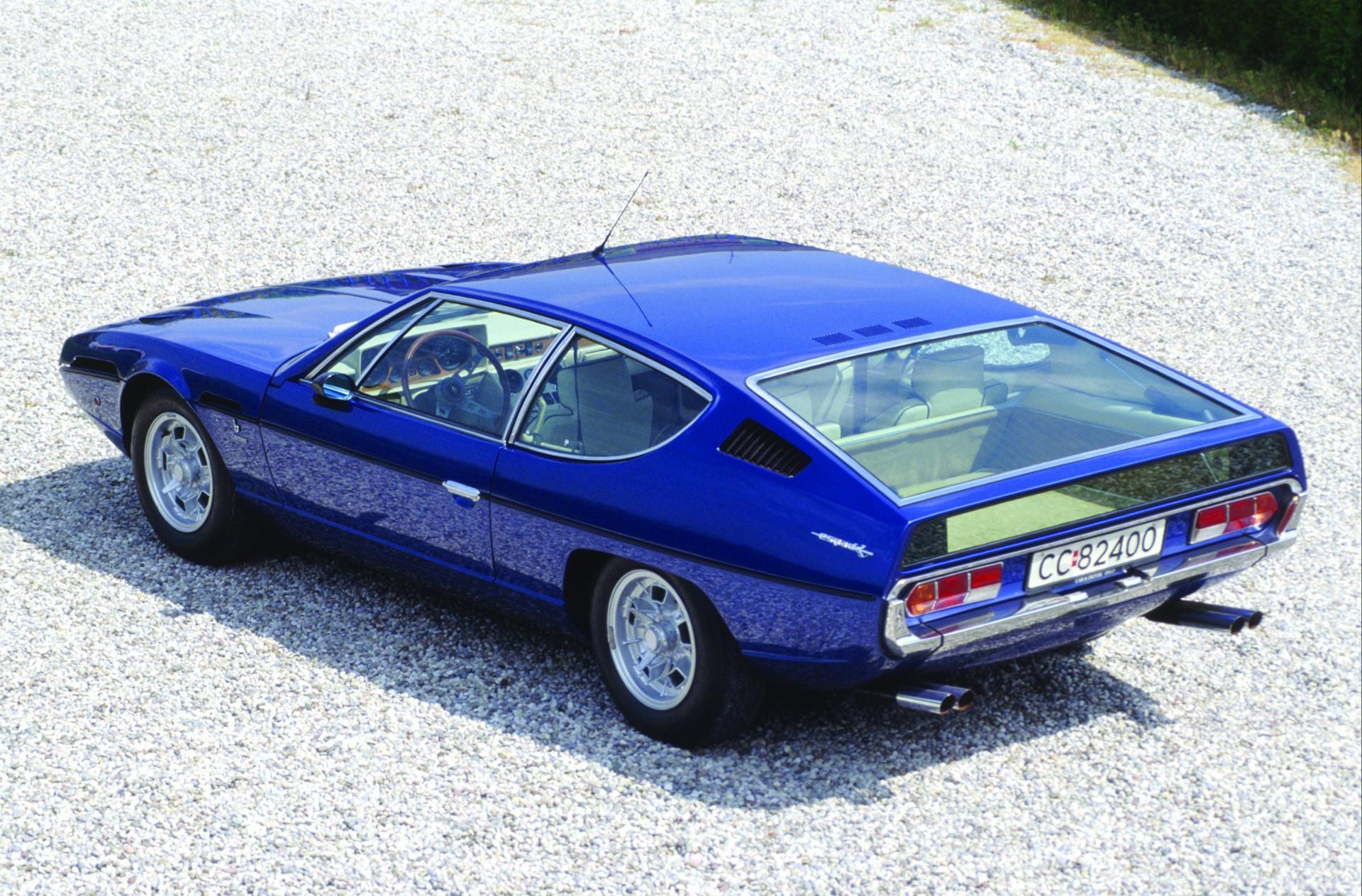 https://www.conceptcarz.com/images/Lamborghini/1968-Lamborghini-Espada-Coupe-Image-04.jpg