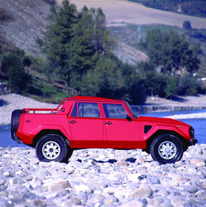 1986 Lamborghini LM002 Wallpaper and Image Gallery