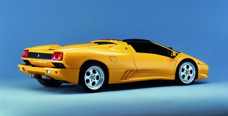 https://www.conceptcarz.com/images/Lamborghini/1996-Lamborghini-Diablo-Roadster-01-800.jpg